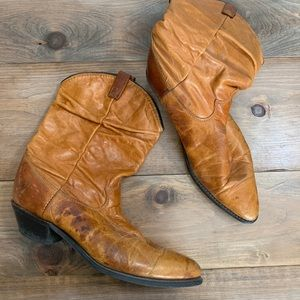 Dingo Leather Western Short Boot